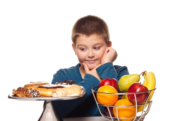 Os pais devem influenciar uma alimentação saudável