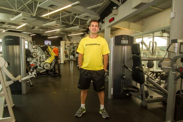 Fabrício Kozel é gerente técnico na Swimex