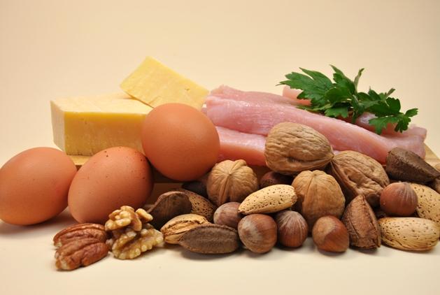 Especialista sugere o consumo de proteínas para a recuperação do corpo.